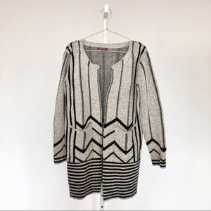 Sweaters - Grey Geometric Cardigan